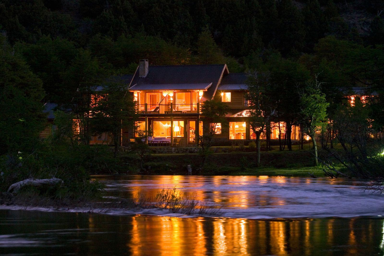 Río Hermoso Hotel de Montaña