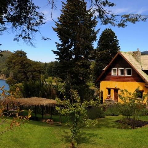 Posada Los Juncos - Patagonian Lake House